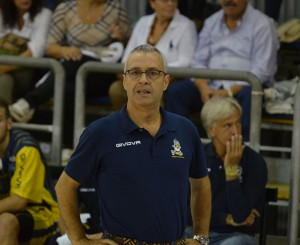 givova-scafati-basket-vs-mens-sana-siena-coach-perdichizzi-palamangano