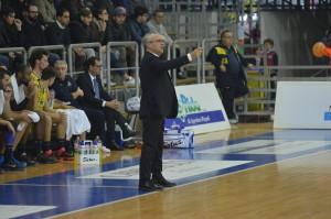 givova scafati basket vs tortona coach perdichizzi
