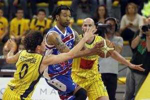 SERIE A2 Playoff  2016 GARA 2  - Givova Scafati Basket Vs Centrale del Latte Brescia Hollis vs Portannese