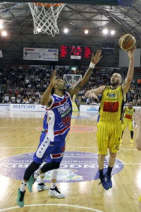 SERIE A2 Playoff  2016 GARA 2  - Givova Scafati Basket Vs Centrale del Latte Brescia Rezzano vs Hollis