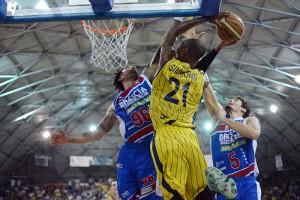 SERIE A2 Semifinale Playoff  2016 GARA 5   - Givova Scafati Basket Vs Centrale del Latte Brescia Simmons vs Hollis e Cittadini