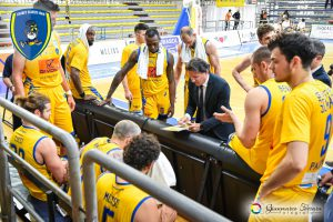 Givova Scafati durante un time-out contro Lux Chieti